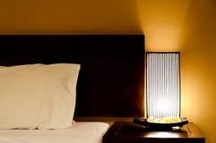 светильник кровати стоковая фотография rf