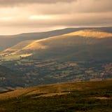 светит заход солнца Великобританию вэльс национального парка brecon Стоковая Фотография