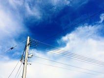 Светлые башни и камеры CCTV, концепция безопасностью Стоковое Изображение RF