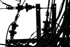 Светлые кабели в минималистском белого конспекта неба черно-белое для стоковые изображения rf