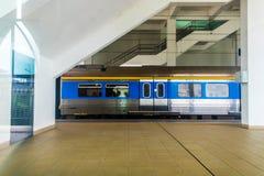 Светлый поезд 2 рельса стоковое изображение rf