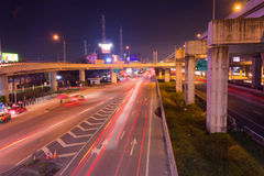Светлый след на шоссе на ноче Стоковая Фотография RF
