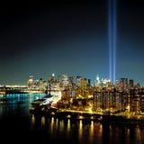 Световые лучи всемирного торгового центра 9 / 11 стоковое фото rf