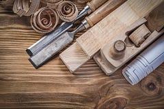 Светокопия брея shavings кирпичей плоских плоских зубил деревянные на w Стоковая Фотография