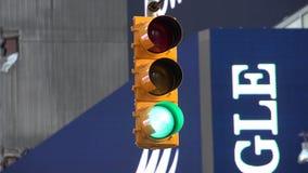 Светофоры, уличные светы, света сигнала, семафоры акции видеоматериалы