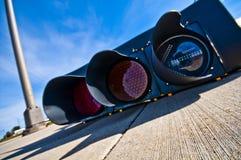 Светофор на мостовой стоковые изображения