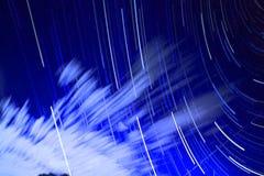 Светлая предпосылка сини звезды Стоковые Изображения