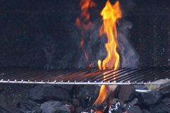 Свет барбекю - вид спереди огня Стоковые Изображения RF