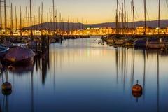 Свет вечера в гавани Женевы Стоковое фото RF
