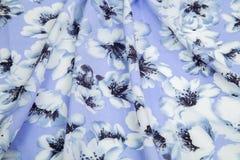Свет - голубая квадратная светлая ткань дезинтегрированные pleats нежности стоковые фото