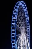 Свет - голубое колесо Ferris Стоковые Фотографии RF
