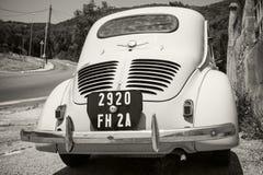 Свет - голубой автомобиль экономики ветерана Renault 4CV Стоковая Фотография RF