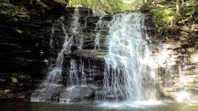 Свет и тень водопада Стоковые Фотографии RF