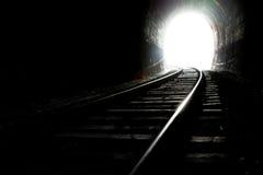 Свет на конце тоннеля стоковая фотография rf