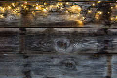 Свет на старых деревенских деревянных тимберсах, плоское положение зимы декоративный стоковые изображения rf