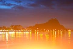 Свет ночи пляжа стоковая фотография
