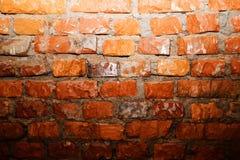 Светлое пятно на стене красных кирпичей Стоковые Фотографии RF