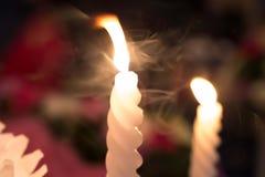 Свет пламени свечи Стоковые Изображения RF