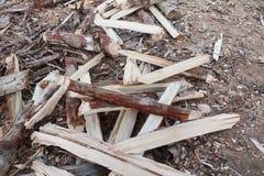 свет пожара серый вносит древесину в журнал woodpile Стоковое фото RF