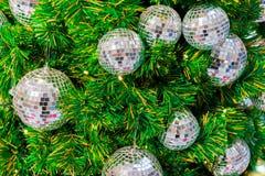 Свет рождественской елки серебряного и золотого Стоковые Изображения RF