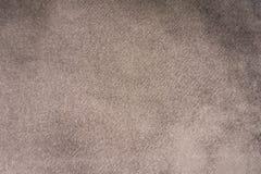 Свет - серый крупный план ткани замши Предпосылка текстуры бархата стоковые фотографии rf