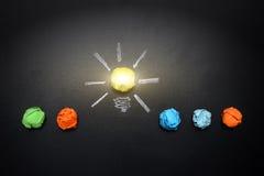 Свет-шарик-комкать-бумаг-на-классн классный Стоковые Фотографии RF