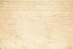 Светлые старые поцарапанные разделочная доска или деревянный стол Стоковая Фотография RF