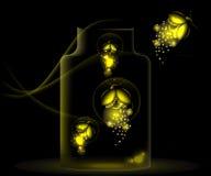 Светляки ночи сидя в стеклянном опарнике Стоковая Фотография RF