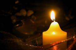 Свеча и скрипка Стоковая Фотография