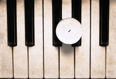 Свеча на рояле Стоковое Изображение