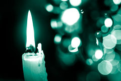 Свеча на bokeh стоковое изображение