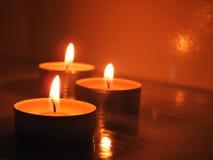 Свечи в прозрачных люстрах Стоковое Изображение RF