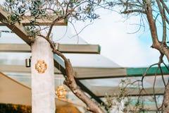 Свечи в стеклянных лампах Украшения свадьбы Wedding в Monteneg Стоковое Фото