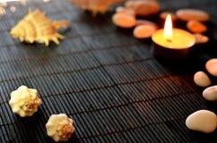 Свечи и раковины моря Стоковые Фото