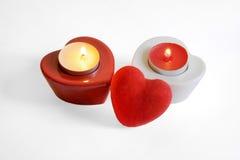 2 свечи 2-ое февраля 2015 горящих сердца форменных Стоковая Фотография RF