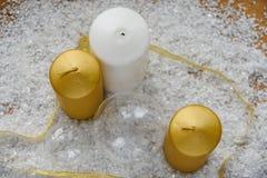 Свечи рождества и белое золото Стоковые Изображения