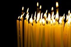 Свечка в темноте Стоковое Изображение RF