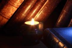 свечка книг Стоковое Фото