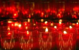 свечка освещает красный цвет Стоковое Изображение RF