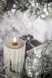 Свечка рождества с украшением Стоковая Фотография