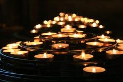 Свечки в церков Стоковая Фотография