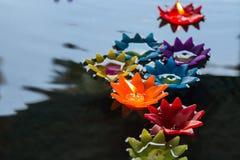 свечки плавать Стоковое Изображение RF