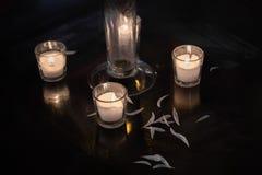 свечки плавать Стоковая Фотография RF