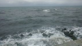 Свирепствуя волны Стоковые Изображения RF