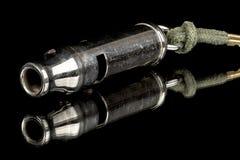 Свисток металла используемый для того чтобы вызвать собаку Стоковое Изображение RF