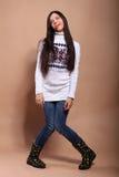 свитер девушки теплый Стоковое Изображение RF
