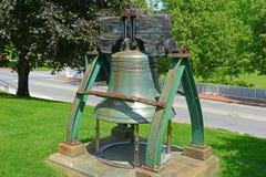 Свобода колокол в доме положения Мейна, Augusta, МНЕ, США стоковые фотографии rf