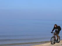 свободный полет велосипедиста Стоковая Фотография