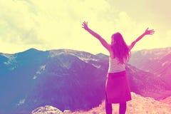 Свобода чувства девочка-подростка Стоковое фото RF