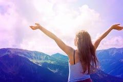 Свобода чувства девочка-подростка Стоковое Изображение